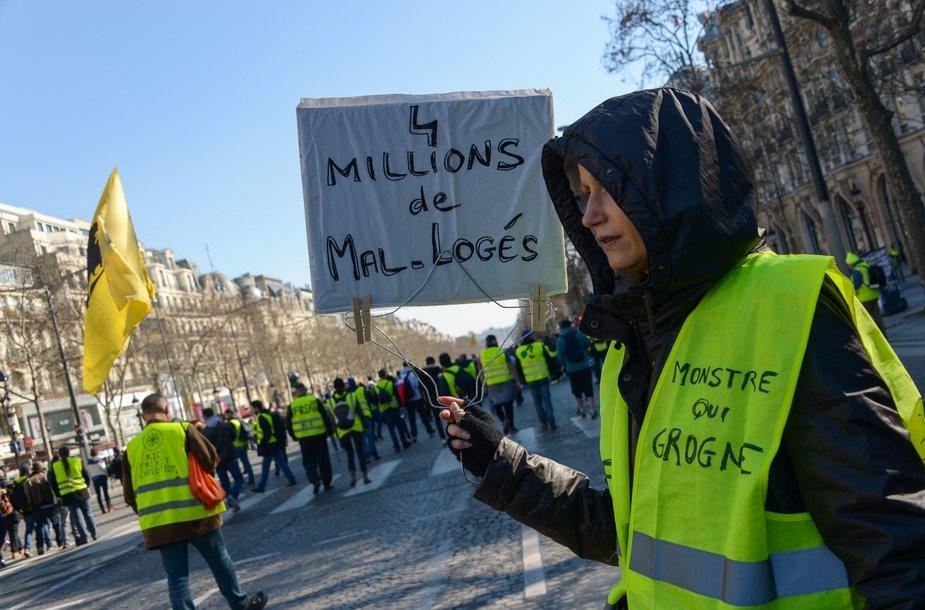 """""""Geltonųjų liemenių"""" protestai Prancūzijoje"""