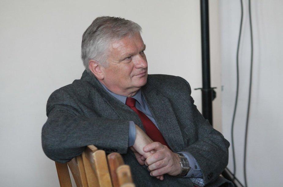 Panevėžio J.Balčikonio gimnazijos direktorius Raimondas Dambrauskas
