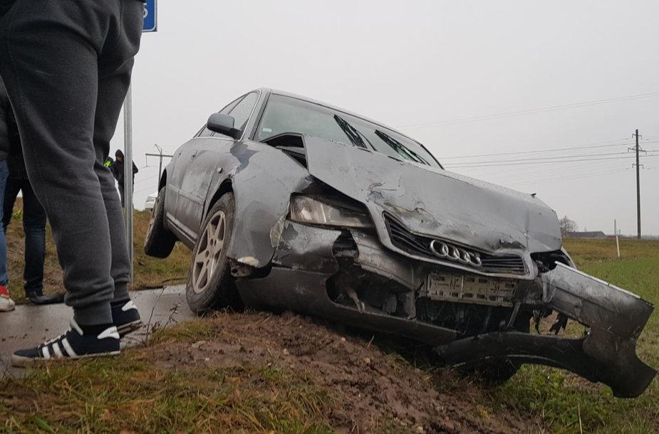 """BMW ir """"Audi"""" avarija prie Joniškio"""