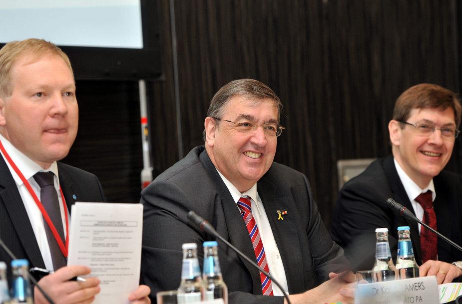 Marko Mihkelsonas (kairėje)