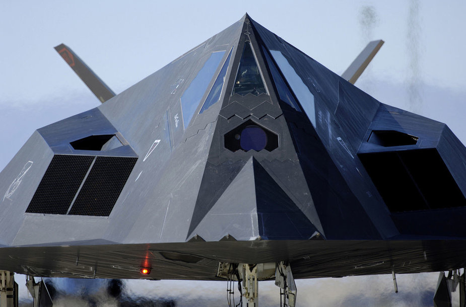 """Lockheed F-117 Nighthawk"""