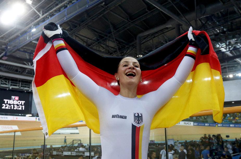 Dukart olimpinė čempionė Kristina Vogel lieka sukaustyta paralyžiaus.