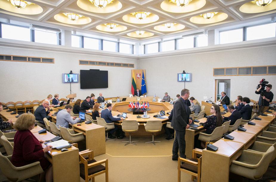 Vyriausybėje vyko ministrų posėdis ir pasitarimas