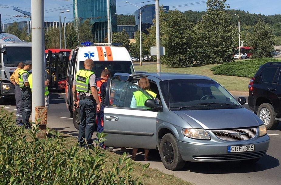 Edukologijos žiede Vilniuje įvyko eismo įvykis