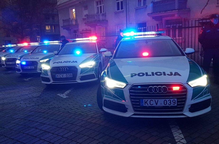 """Policijos automobilių parką papildė naujo dizaino """"Audi A6"""""""
