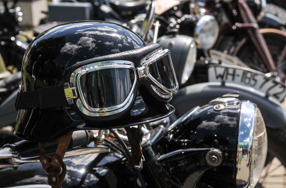 Senovinių motociklų sąskrydyje – 86 istorinės transporto priemonės