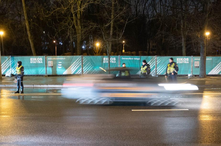 Kovo 15-osios naktinis policijos reidas Vilniuje