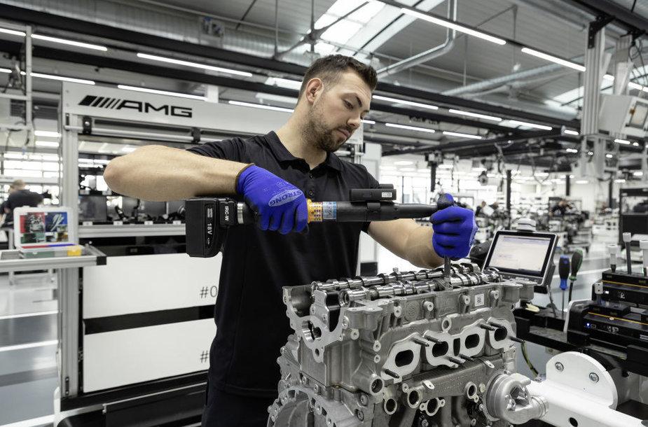 M 139 – galingiausias serijinės gamybos keturių cilindrų variklis pasaulyje