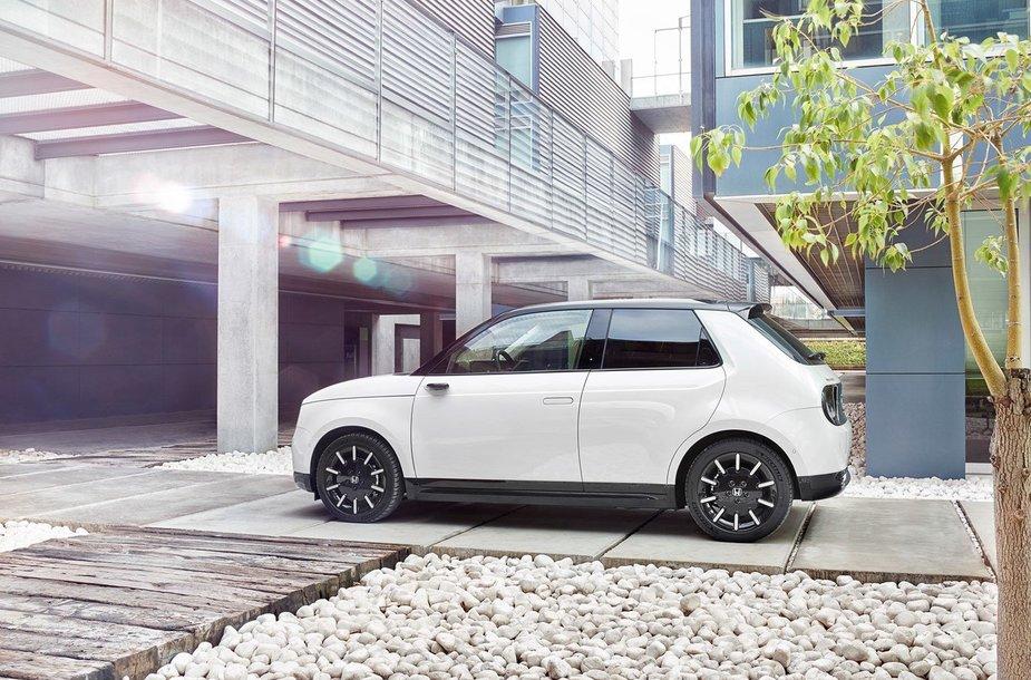 "Naujasis ""Honda e"" elektromobilis"