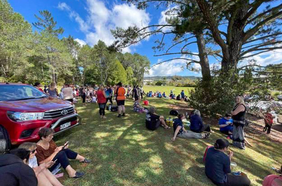 Laukiant žemės drebėjimų Naujojoje Zelandijoje žmonės renkasi aukštose vietose