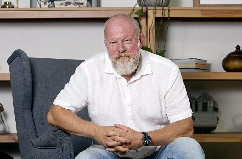 """V. Radzevičius pirmenybę lietuviškai produkcijai teikia ir namuose, ir versle: """"Kartu galime auginti Lietuvą"""""""