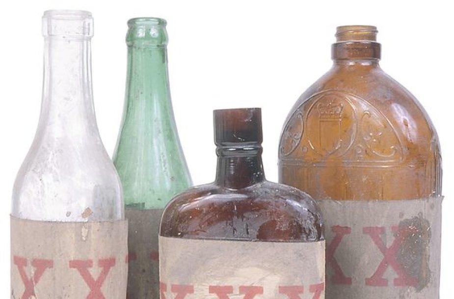 Girtuokliai vis dažniau apsinuodija alkoholio surogatais.