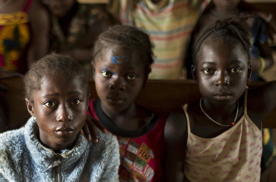 Vaikai Afrikoje