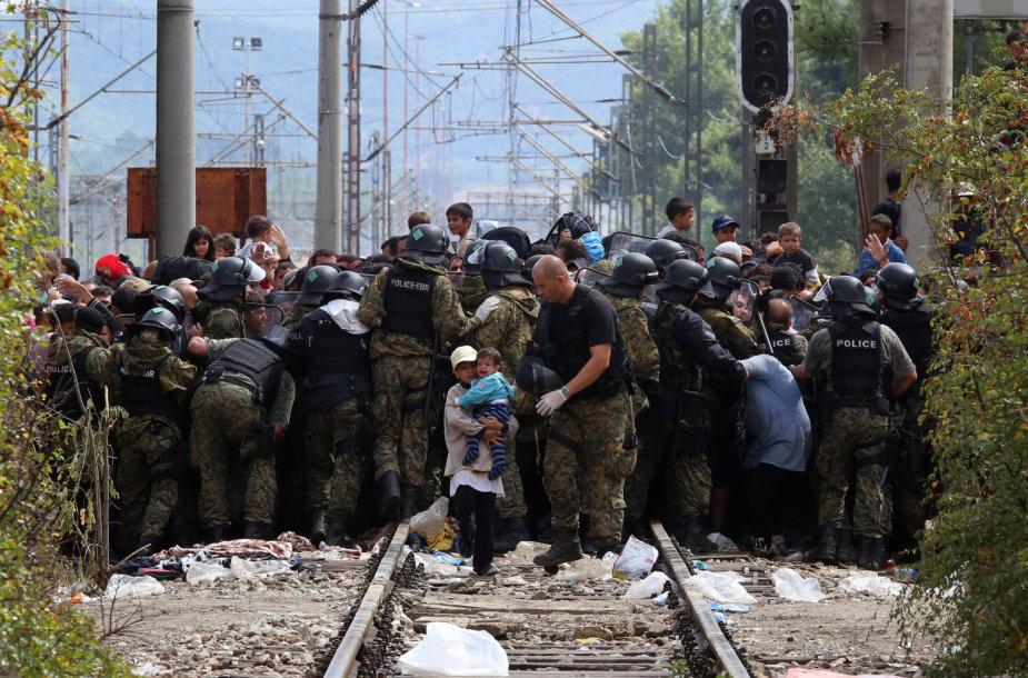 Pabėgėliai prie Makedonijos sienos