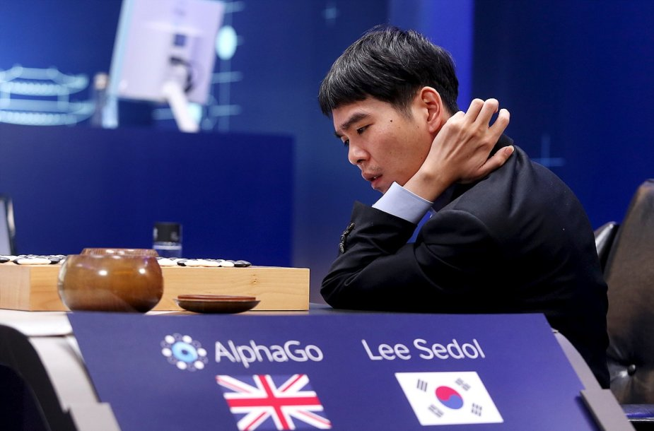 """AlphaGo"" prieš Lee Se-dolį"