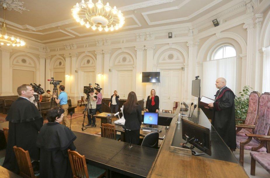 Vilniaus apygardos teismas, išnagrinėjo už akių buvusių Vilniaus OMON vadų bylą