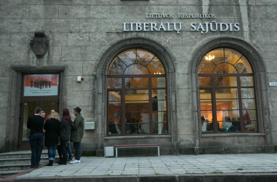 Liberalų sąjūdžio valdyba svarsto situaciją dėl VRK sprendimo ir pavaduotojų atsistatydinimo