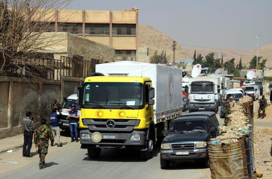 Pagalbos vilkstinė išvyko iš Sirijos režimo toliau puolamos Rytų Gutos