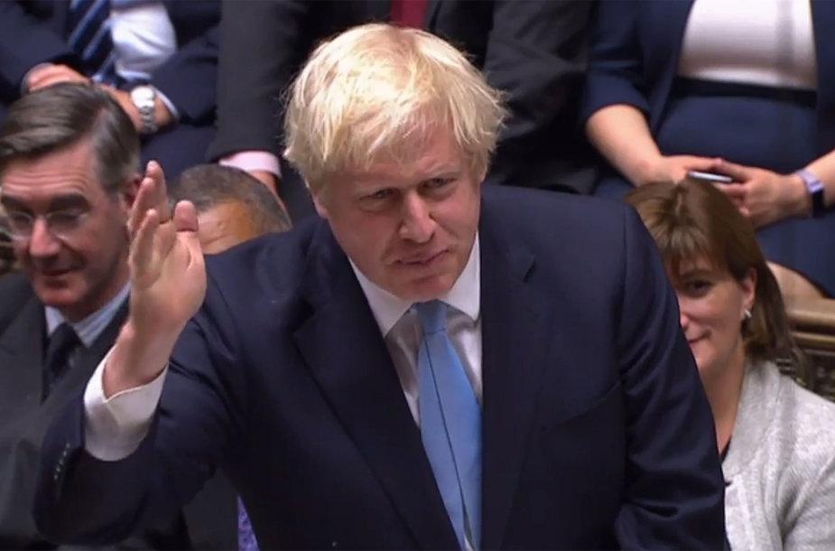 Borisas Johnsonas Bendruomenių Rūmuose