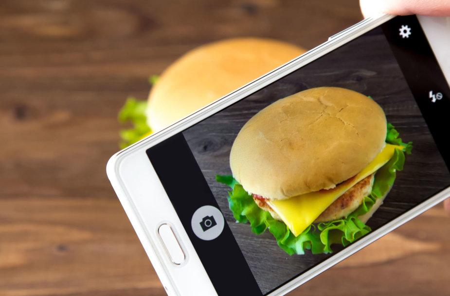 Mėsainis išmaniajame telefone