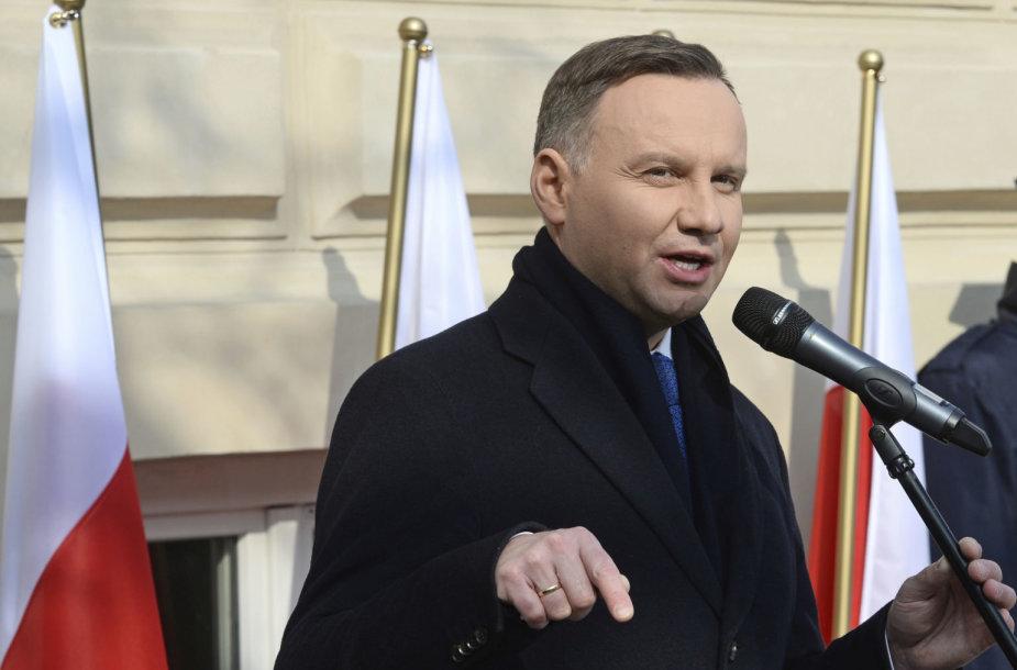 Lenkijos prezidentas A.Duda atsiprašė žydų už 1968-ųjų persekiojimą