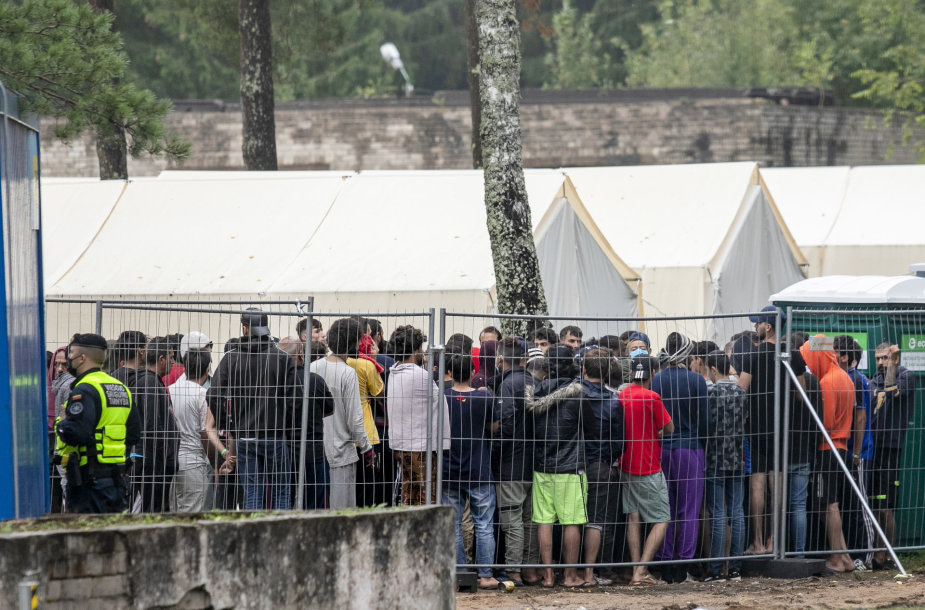 Rūdninkų stovykloje migrantai laukia sprendimo dėl prieglobsčio