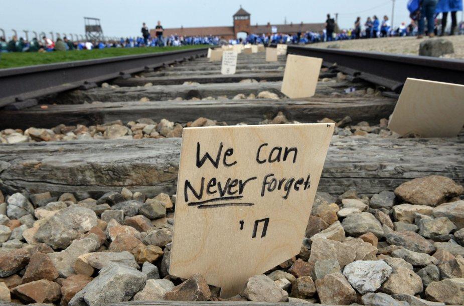 Holokausto minėjimas Aušvico koncentracijos stovykloje