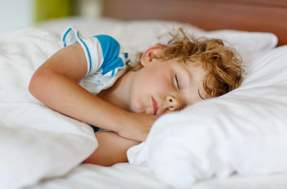 Vaikas miega