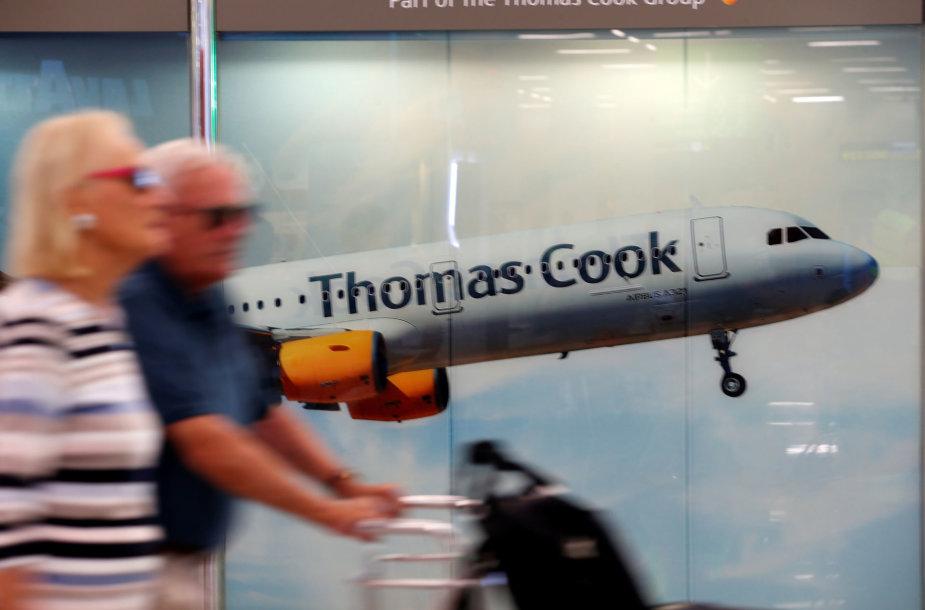"""""""Thomas Cook"""" sustabdė visus skrydžius"""