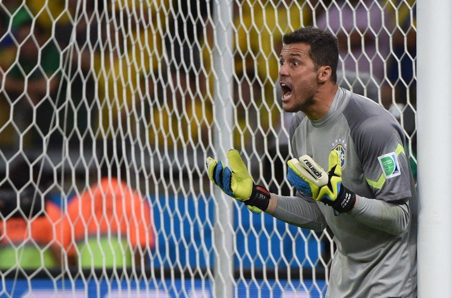 Brazilijos futbolo rinktinės vartininkas Julio Cesaras