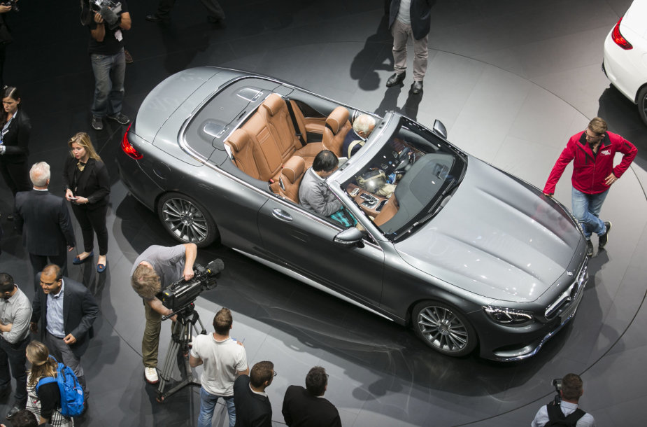 """Mercedes-benz"" S klasės kabrioletas"
