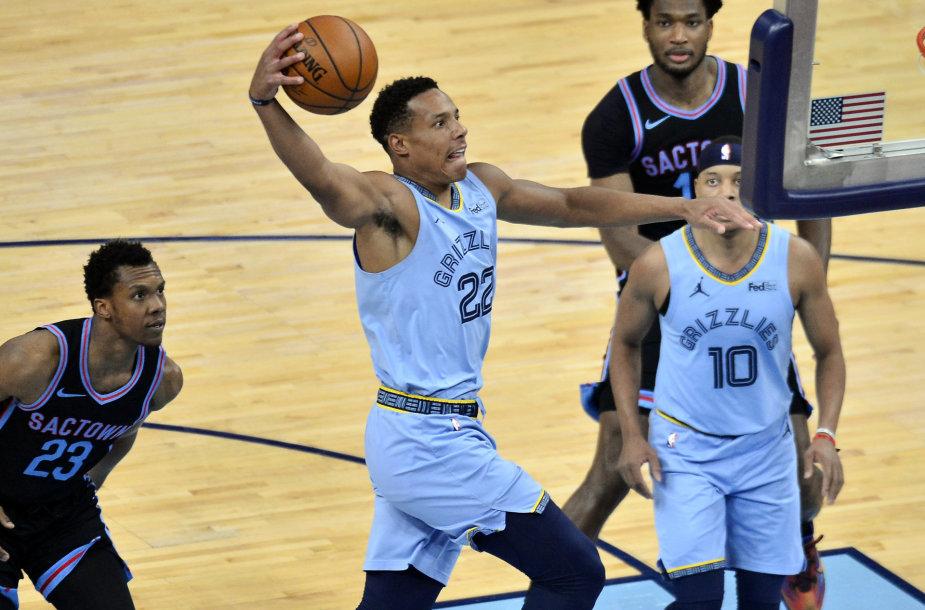 """""""Memphis Grizzlies"""" žaidėjas Desmondas Bane mače su """"Sacramento Kings""""."""