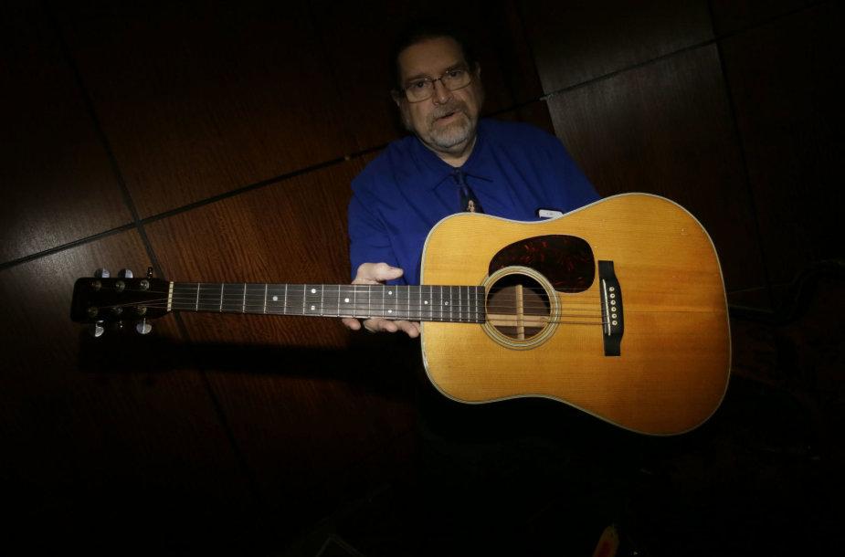 """Bobo Dylano gitara """"Martin D-28"""""""