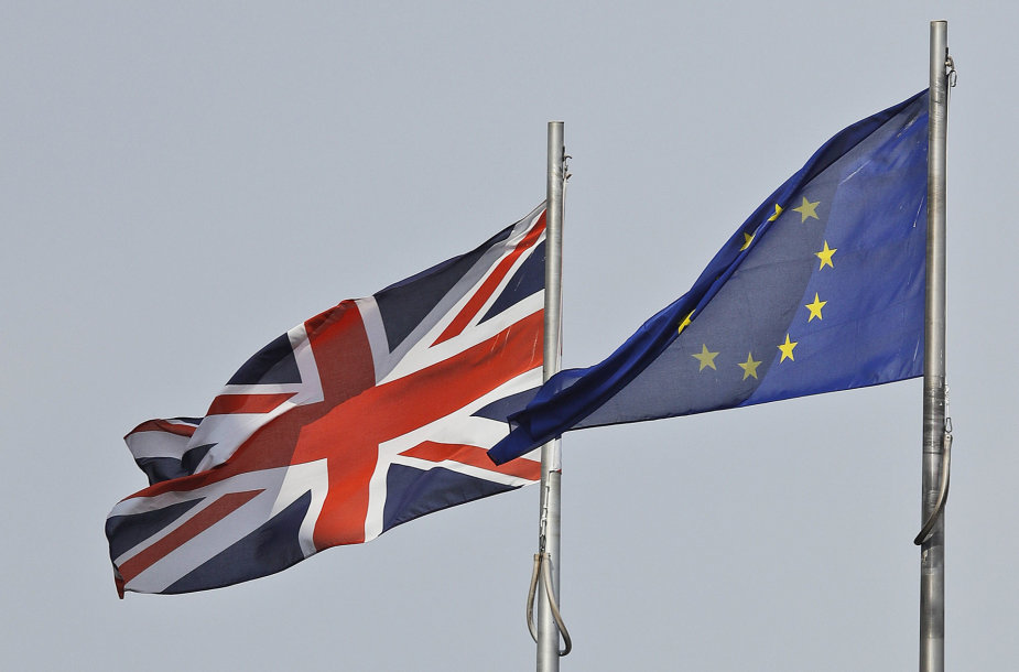 Didžiosios Britanijos ir Europos Sąjungos vėliavos