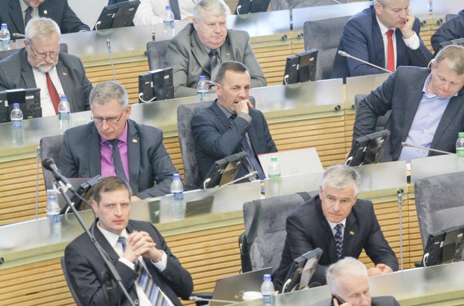 Seime - Darbo kodekso pataisų priėmimas