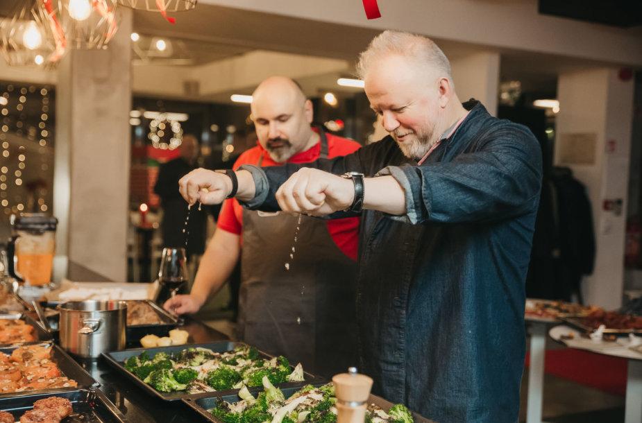 Vytaras Radzevičius kulinarinėje studijoje įspūdingai paskelbė Kalėdų pradžią