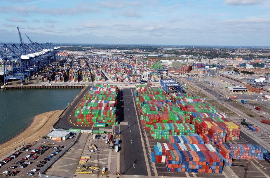 Spūstys didžiuosiuose pasaulio uostuose truks 6–9 mėnesius