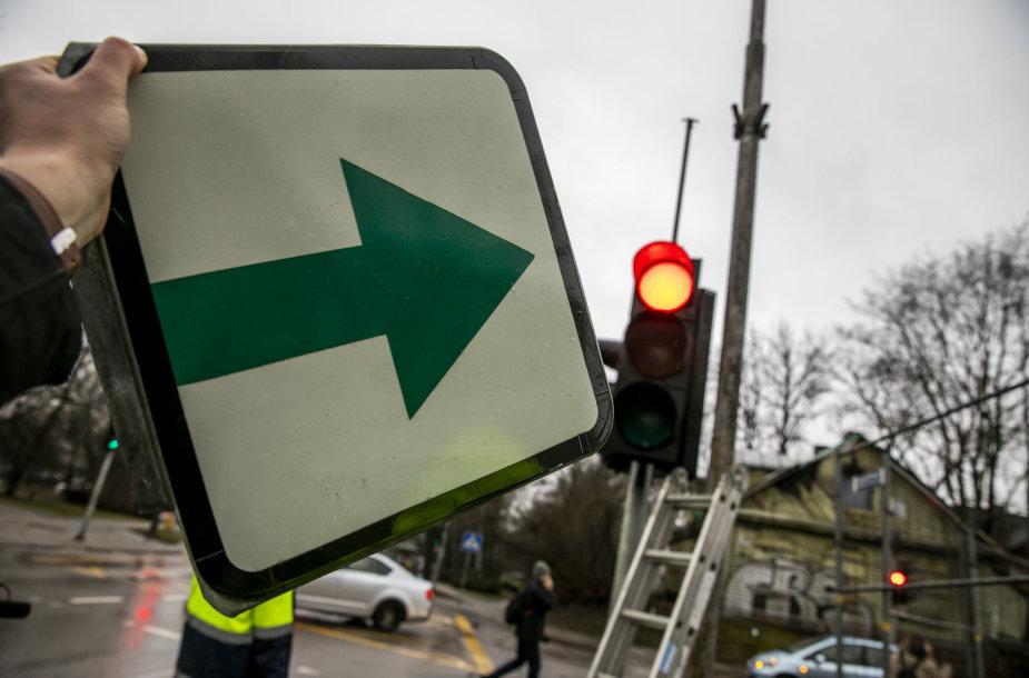 Vilniuje grąžinamos lentelės su žaliomis rodyklėmis