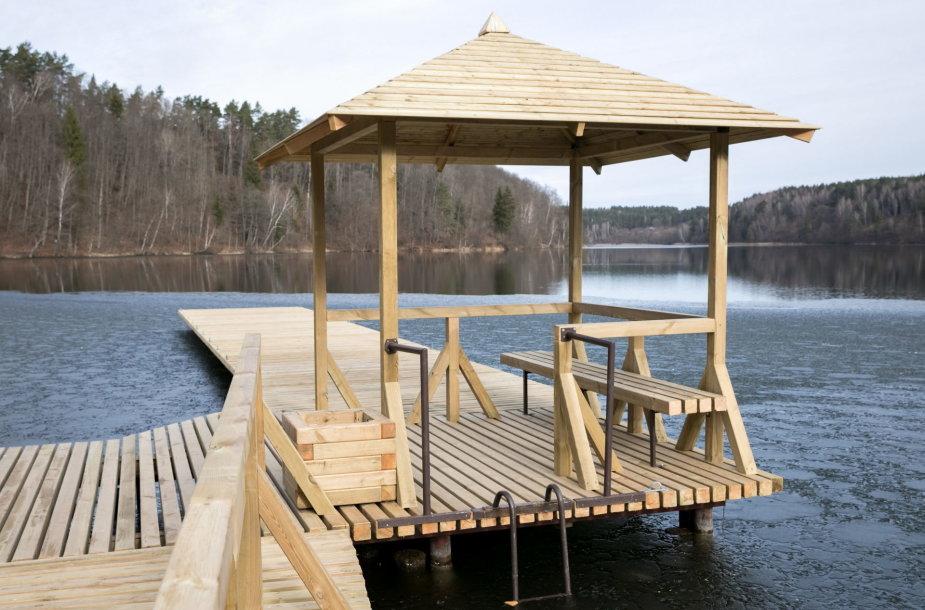 Rekonstruoti Žaliųjų ežerų poilsiavietės tiltai
