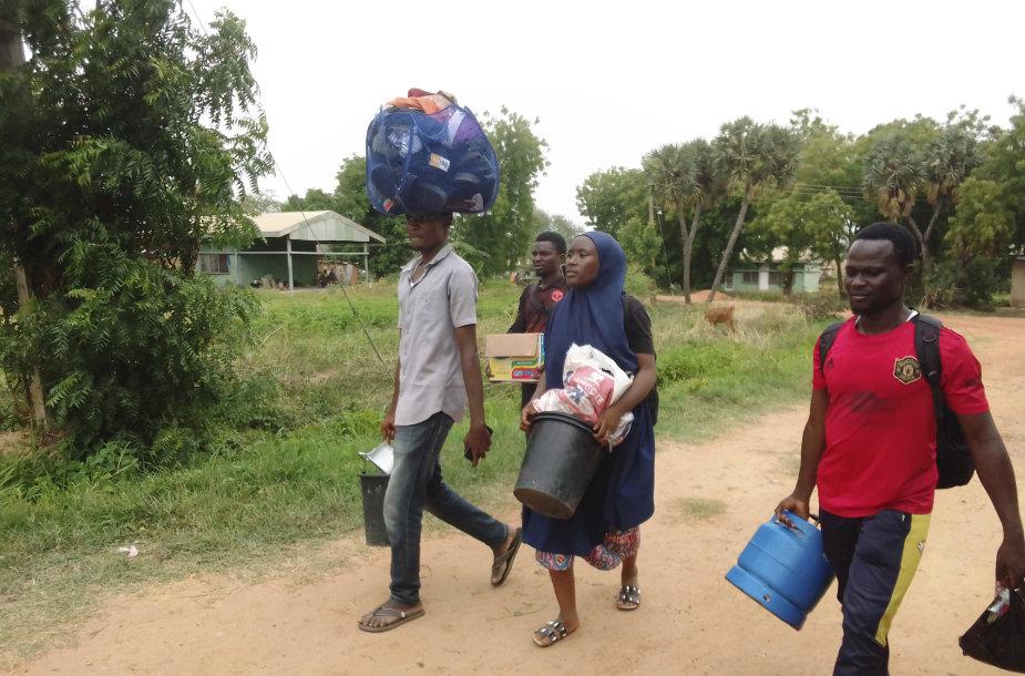 Nigerijoje išlaisvinti 100 pagrobtų kaimo gyventojų