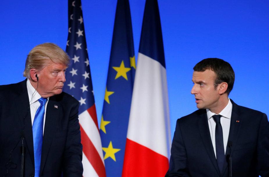 D.Trumpas ir E.Macronas Paryžiuje