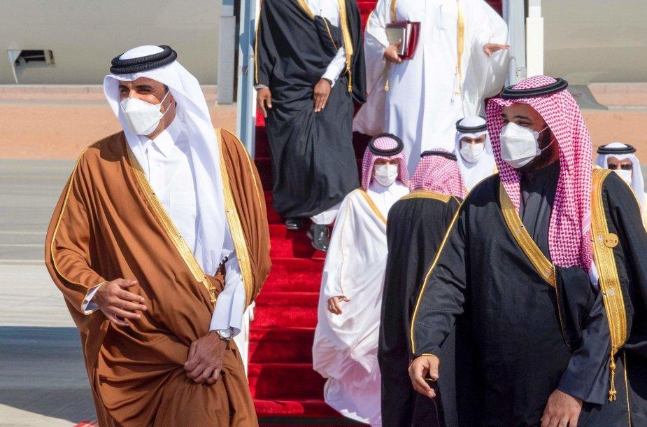 Kataro emyras šeichas Tamimas bin Hamadas al Thani ir Saudo Arabijos karališkasis princas Mohammedas bin Salmanas