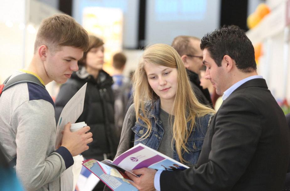 """Tarptautinėje žinių ir išsilavinimo parodoje """"Studijos 2014"""""""