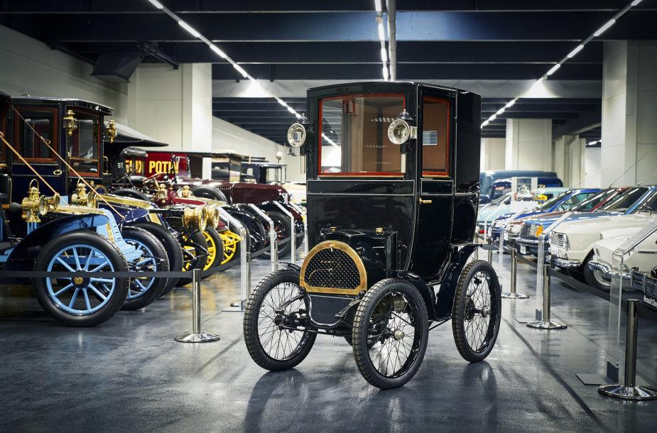 """""""Renault Type B"""" sukanka 120 metų"""
