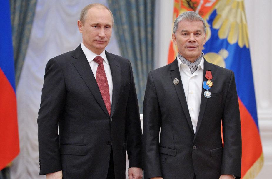 Olegas Gazmanovas su Vladimiru Putinu