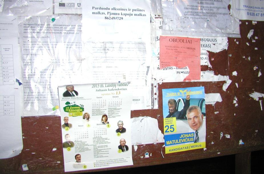 Rinkimai Lazdijų rajone: masiniai pavėžėjimai, plakatų plėšymas, neblaivūs balsuotojai