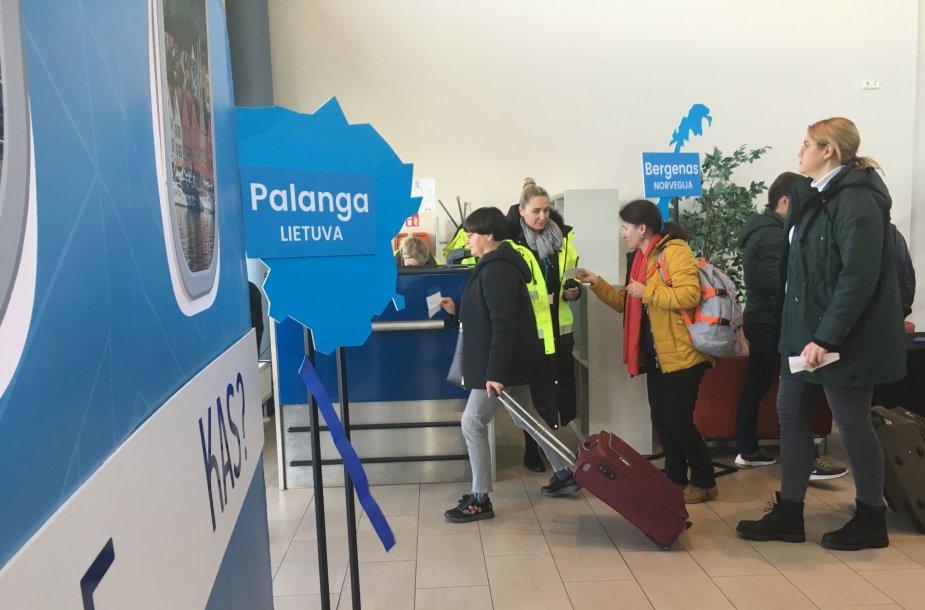 Trečiadienį iš Palangos oro uosto pirmieji keleiviai išskrido į Bergeną Norvegijoje.