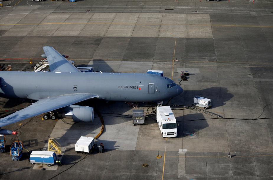 """""""Boeing KC-46A"""" – naujausia JAV Karinių oro pajėgų skraidanti degalinė"""