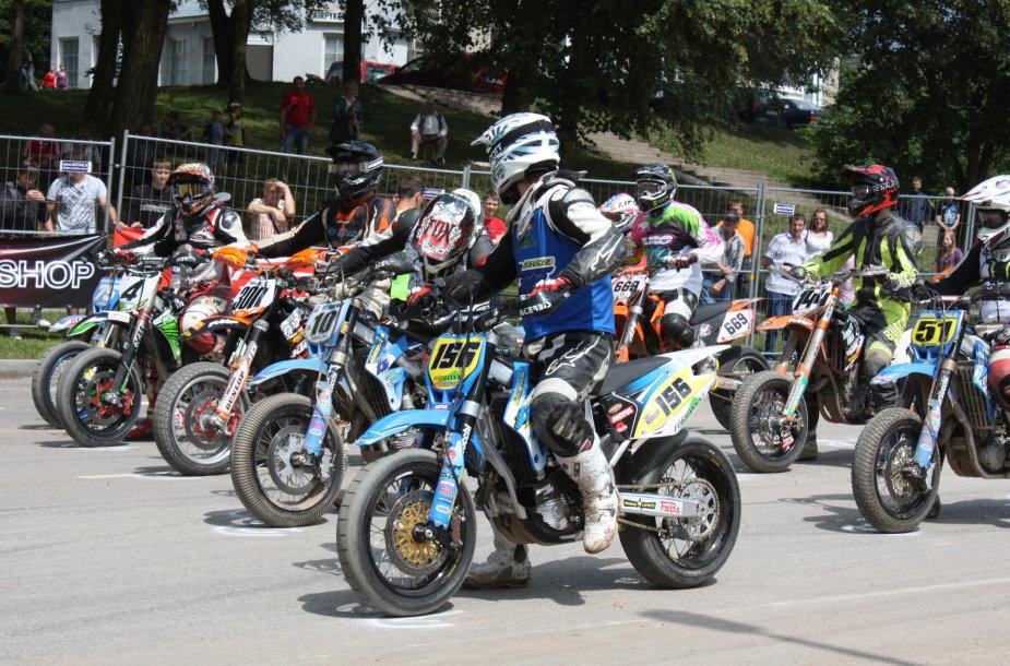 """""""Supermoto"""" varžybų motociklai"""