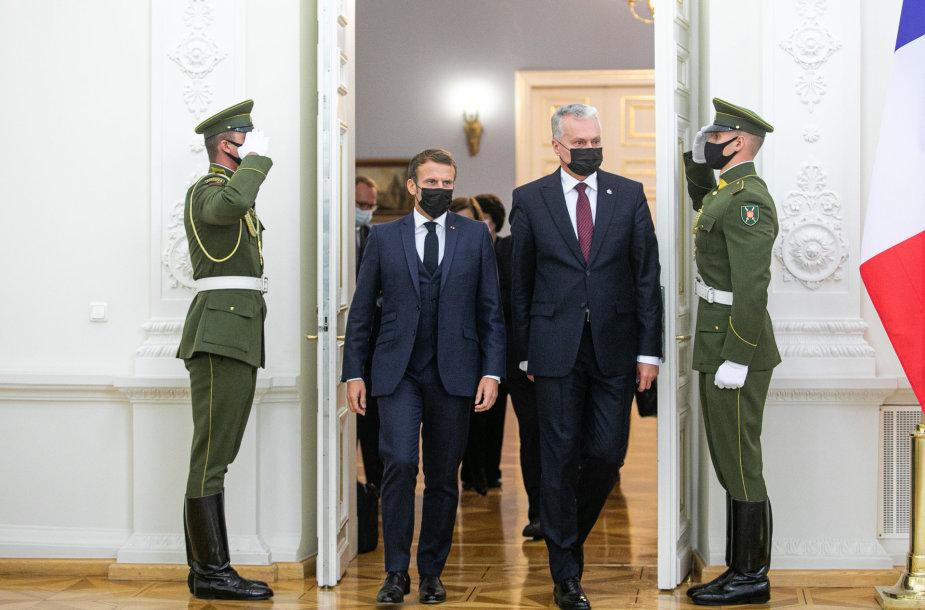 Emmanuelis Macronas ir Gitanas Nausėda